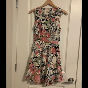 FOREVER 21 CONTEMPORARY Floral Dress size Small